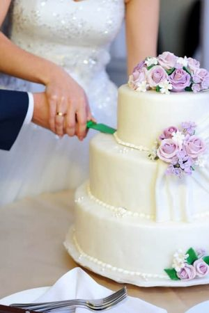 costco-wedding-cakes-on-a-budget-life-love-and-dirty-dishes-wedding-cakes-costco